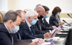 Прошла встреча Дмитрия Кобылкина с фракцией «Единая Россия»